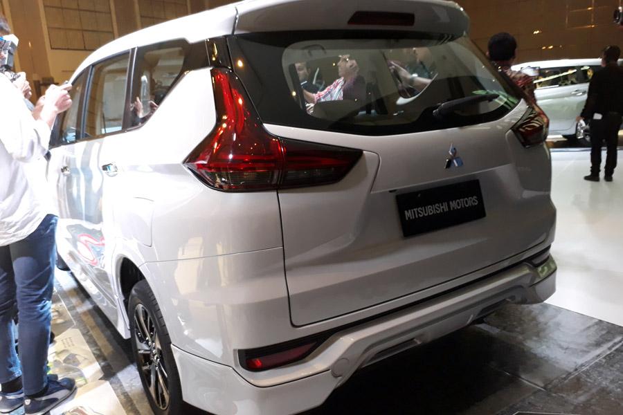 Mitsubishi expander harga spesifikasi exterior for Exterior xpander ultimate